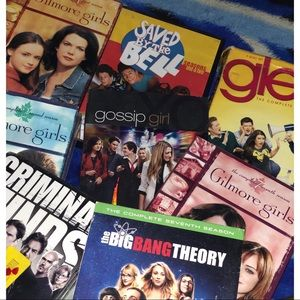 Gilmore girls , Glee , gossip girl , etc! ♥️